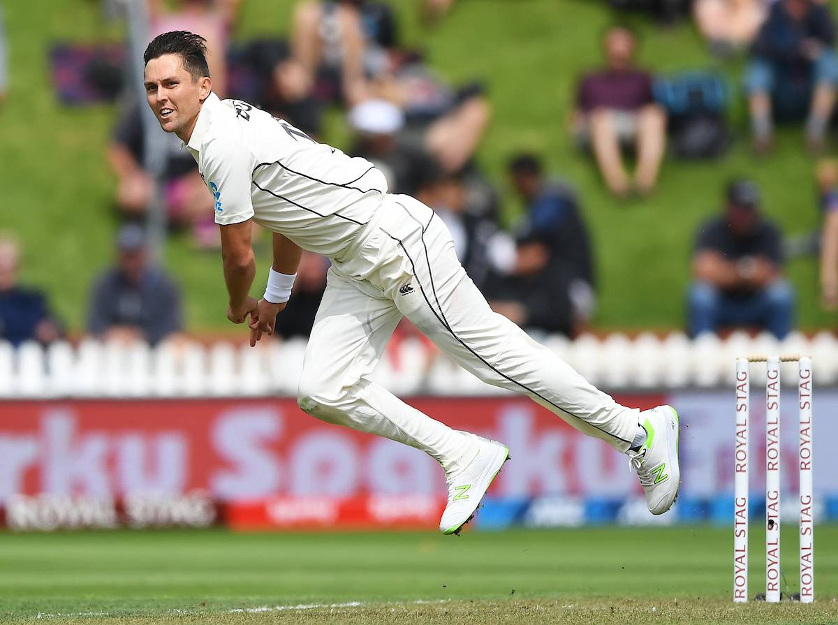 Live cricket updates: Black Caps v India, second test, day one