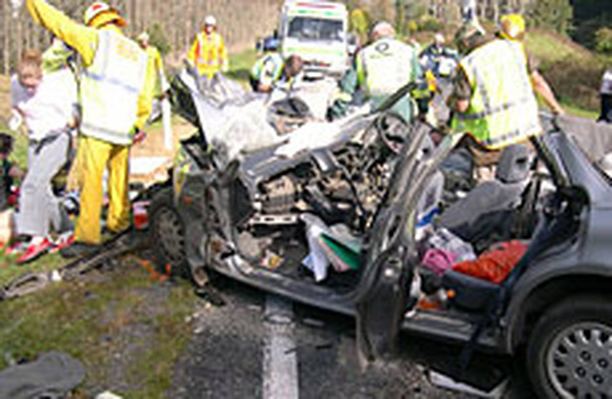 Driver in quadruple fatal was over limit - NZ Herald