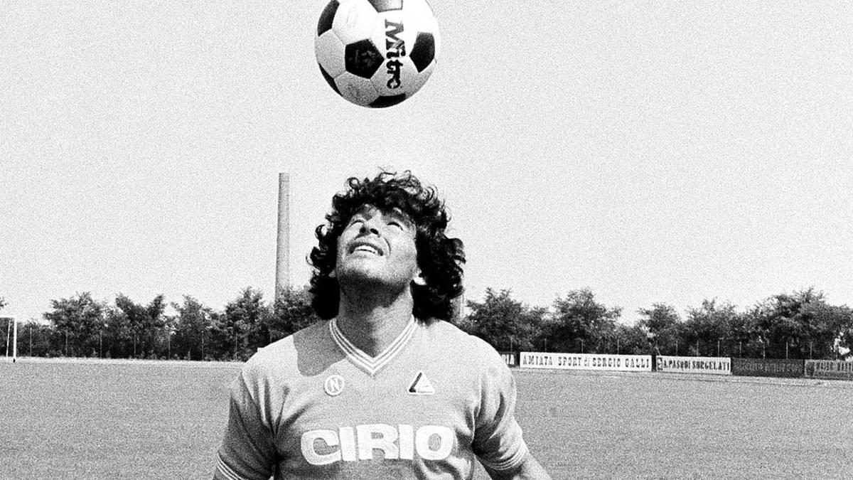 The single image that defined the Diego Maradona era - NZ Herald