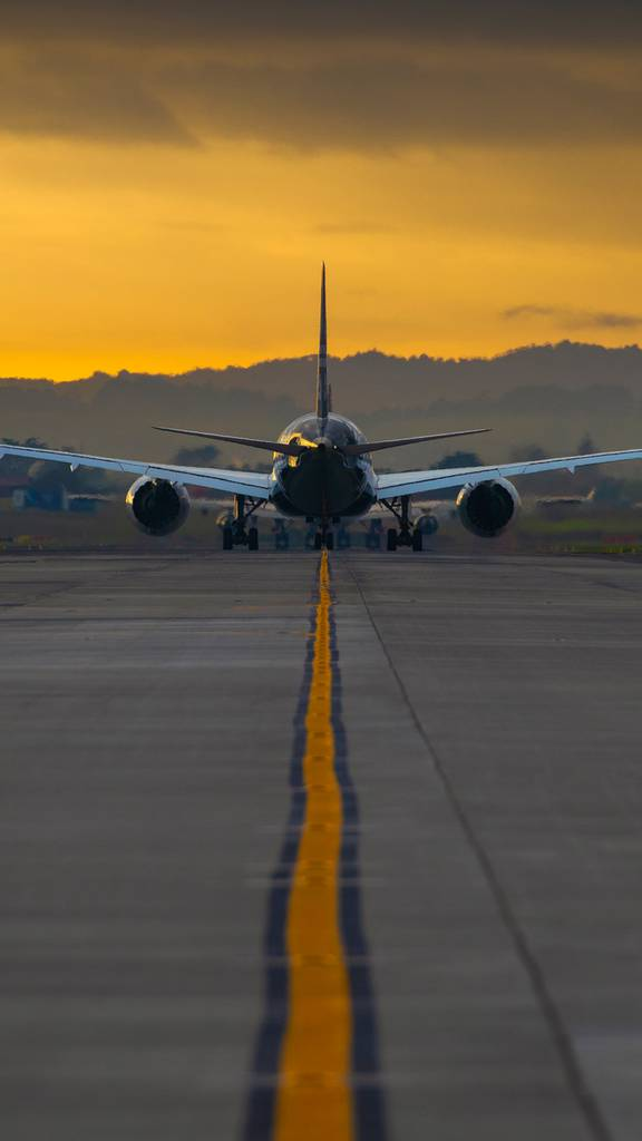 Flight Path How Airlines Can Climb Out Of Covid Crisis Nz Herald