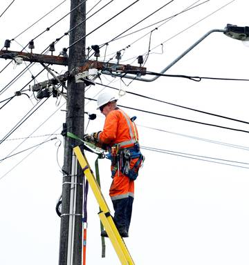 Transpower faces sanction for handling of 2017 outage - NZ