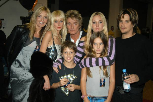 Penny Lancaster, Rod Stewart, Kimberly Stewart and Stewart's family. Photo / Getty