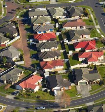 Property Bloodbath Aussie House Prices Could Halve Nz Herald