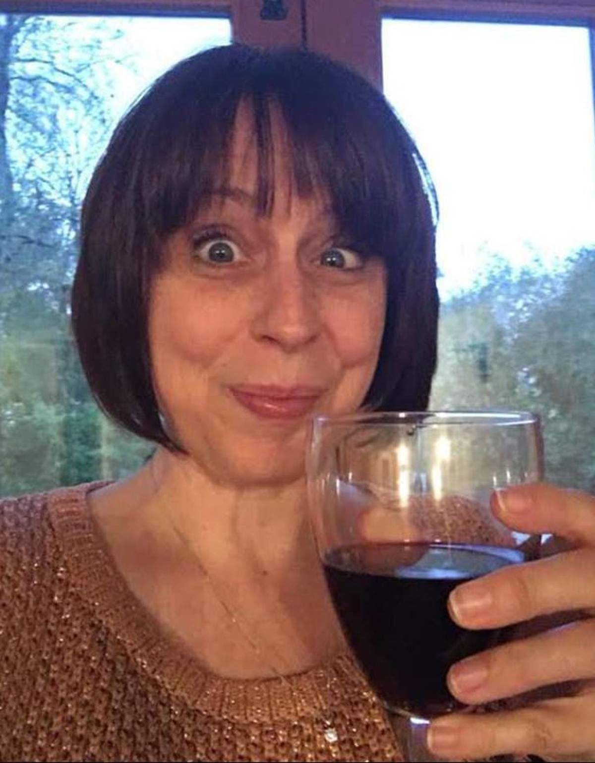 Mother reveals how 'wine o'clock' almost ruined her life