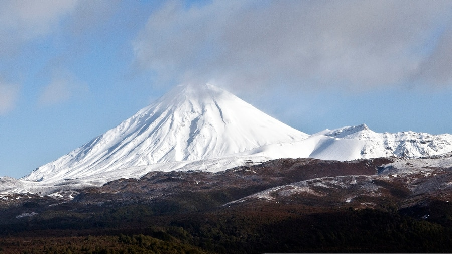 Trampers airlifted from Tongariro Alpine Crossing