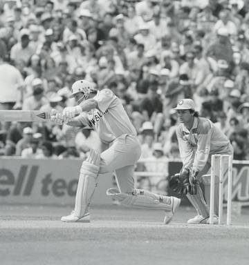 9fcbb3d774f ... New Zealand s semifinal defeat to Pakistan in the 1992 semifinal could  have easily had a different