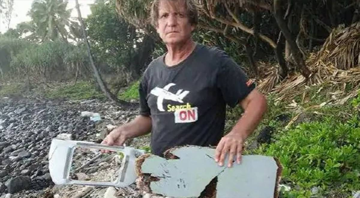 MH370 threats: Plane fragments 'linked' to murder of official as