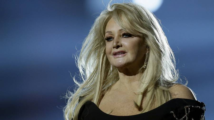 Bonnie Tyler tops download charts after solar eclipse