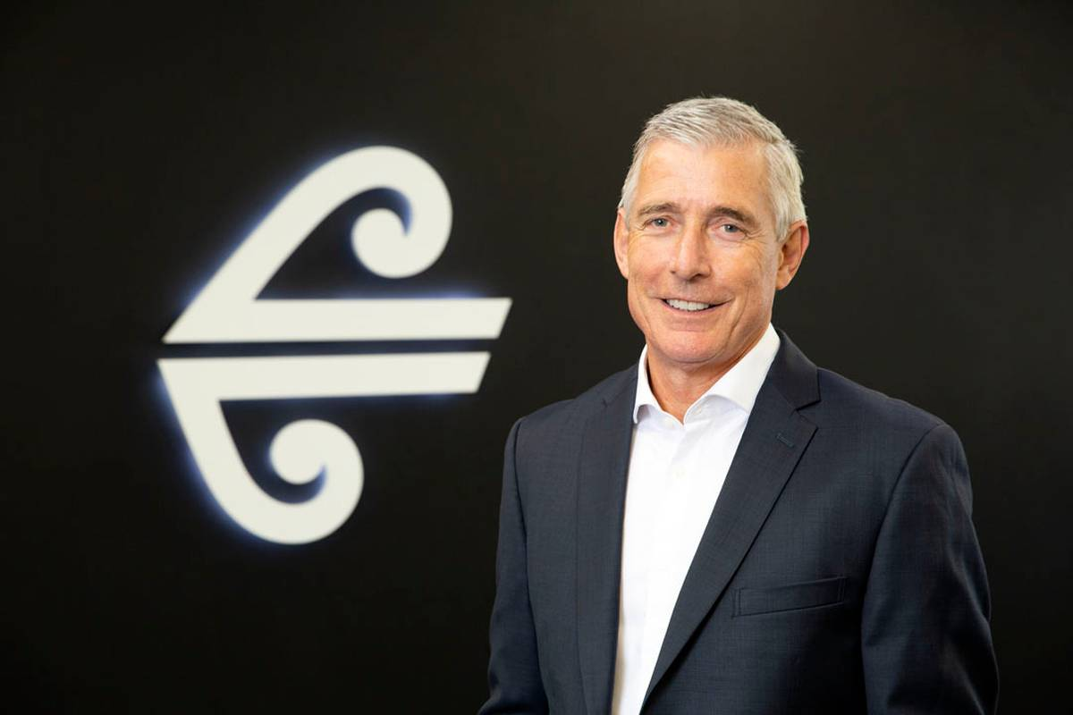 Air New Zealand's new boss Greg Foran issued free rights to acquire shares worth $820,000