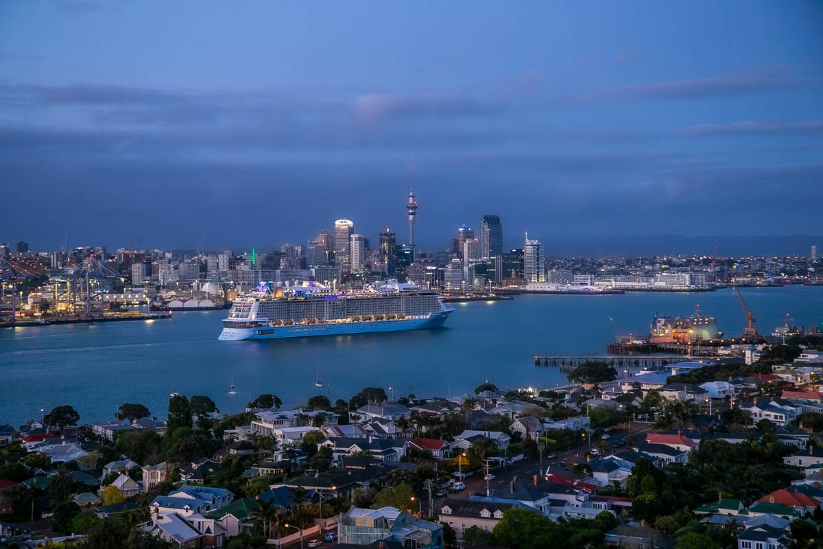 International cruise sold out in spite of New Zealand ban