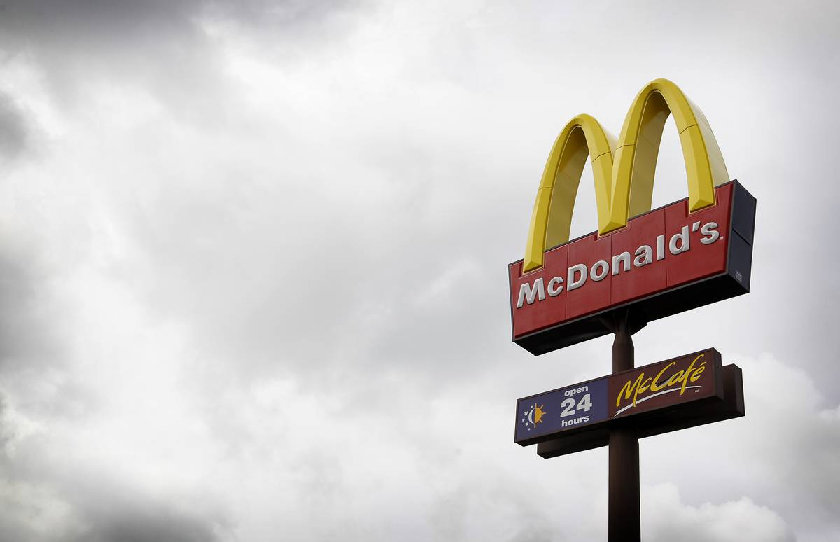 Early morning robbery at McDonald\'s restaurant near Auckland Airport ...