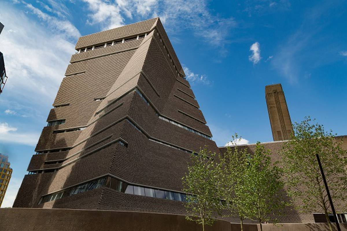 British teenager who threw child from London Tate Modern museum sentenced