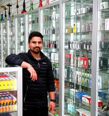 Vapers rejoice - Whanganui now has two vape stores - NZ Herald