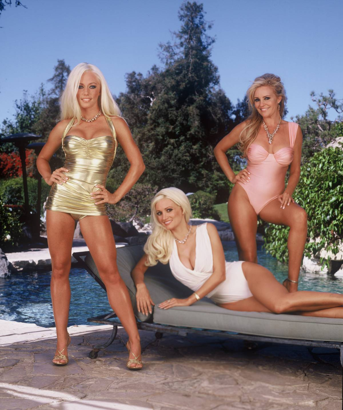The girls of the playboy mansion holly  sexy video