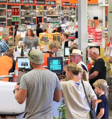 Big box retail still a must for investors - NZ Herald
