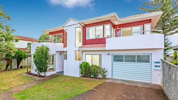 A flatmates wanted listing for this Hillsborough rental said it preferred Chinese or Indian applicants. Experts say the law allows such preference. Photo / Trade Me