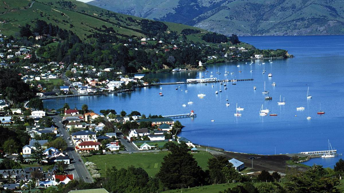 Akaroa bay closed after faecal bacteria found - NZ Herald