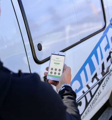 Spark launches app business for tradespeople - NZ Herald