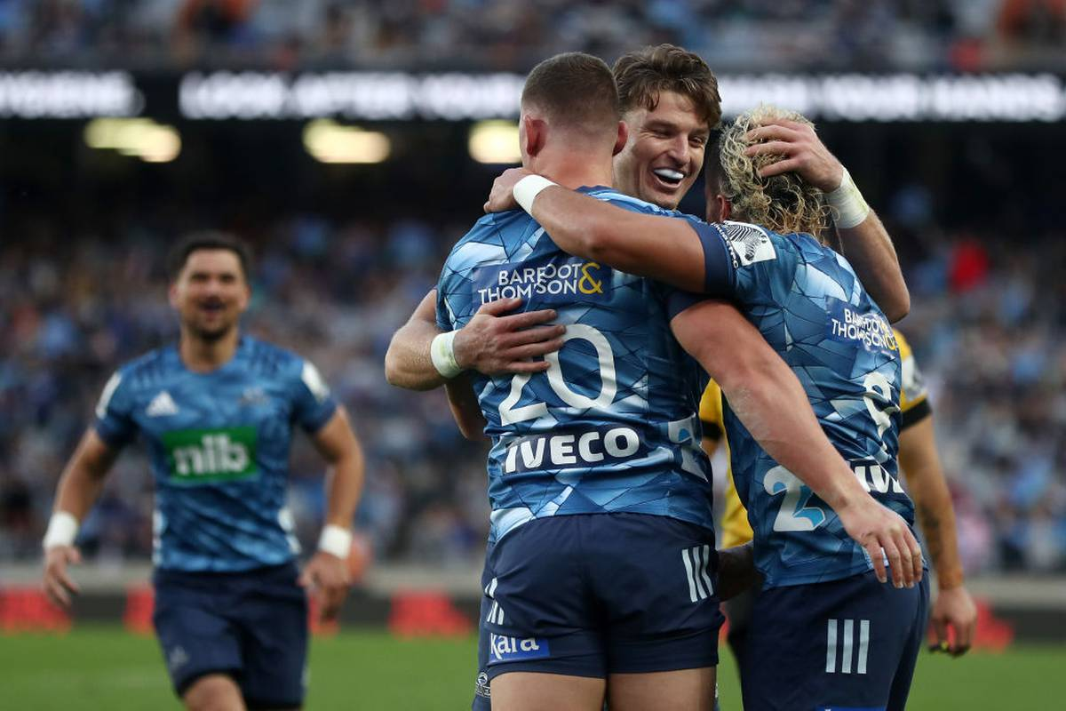 Super Rugby Aotearoa: Blues start Super Rugby Aotearoa with victory over Hurricanes at Eden Park