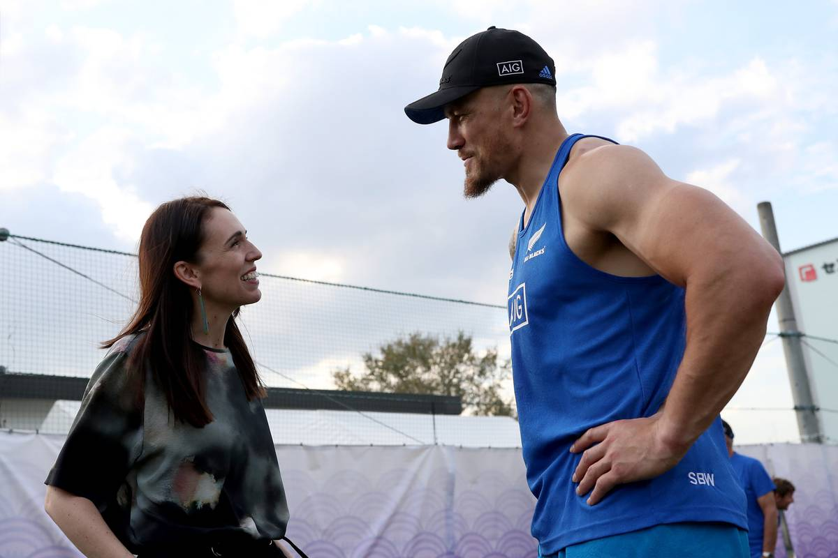Hello, Prime Miniature! Ardern is dwarfed by SBW as she greets All Blacks