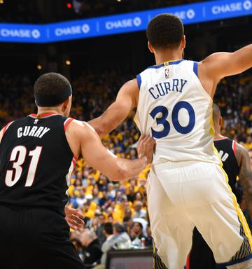 size 40 a1a81 ddc56 Time Out: Steph Curry vs Seth Curry - the dilemma that's not ...