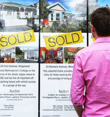 Number of properties sold in Auckland through February sees