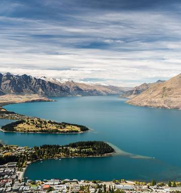 Murray Olds Queenstown Is Being Choked By Tourists Nz Herald