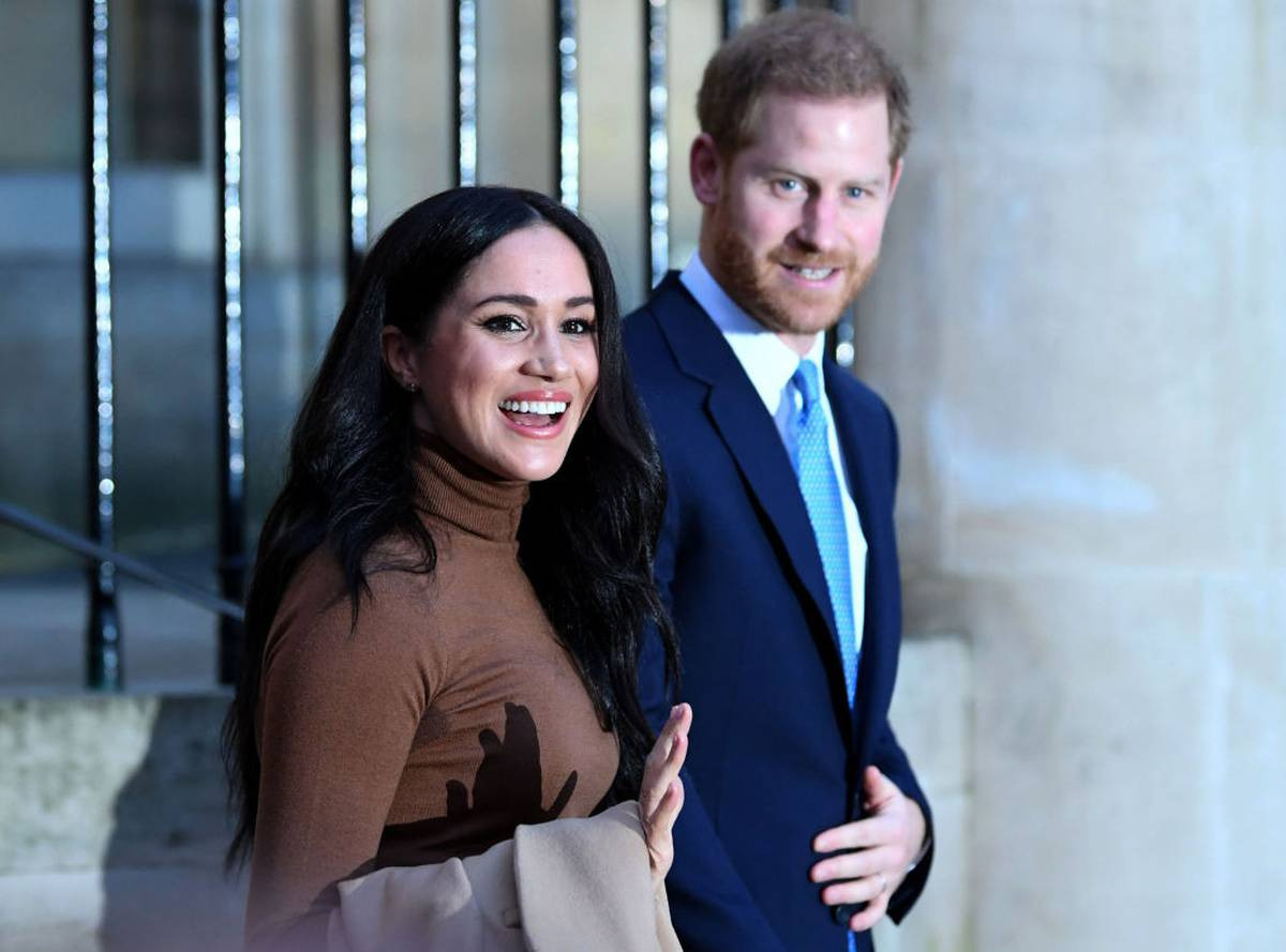 Harry and Meghan blasted for 'spiteful' statement over Queen, use of Royal word