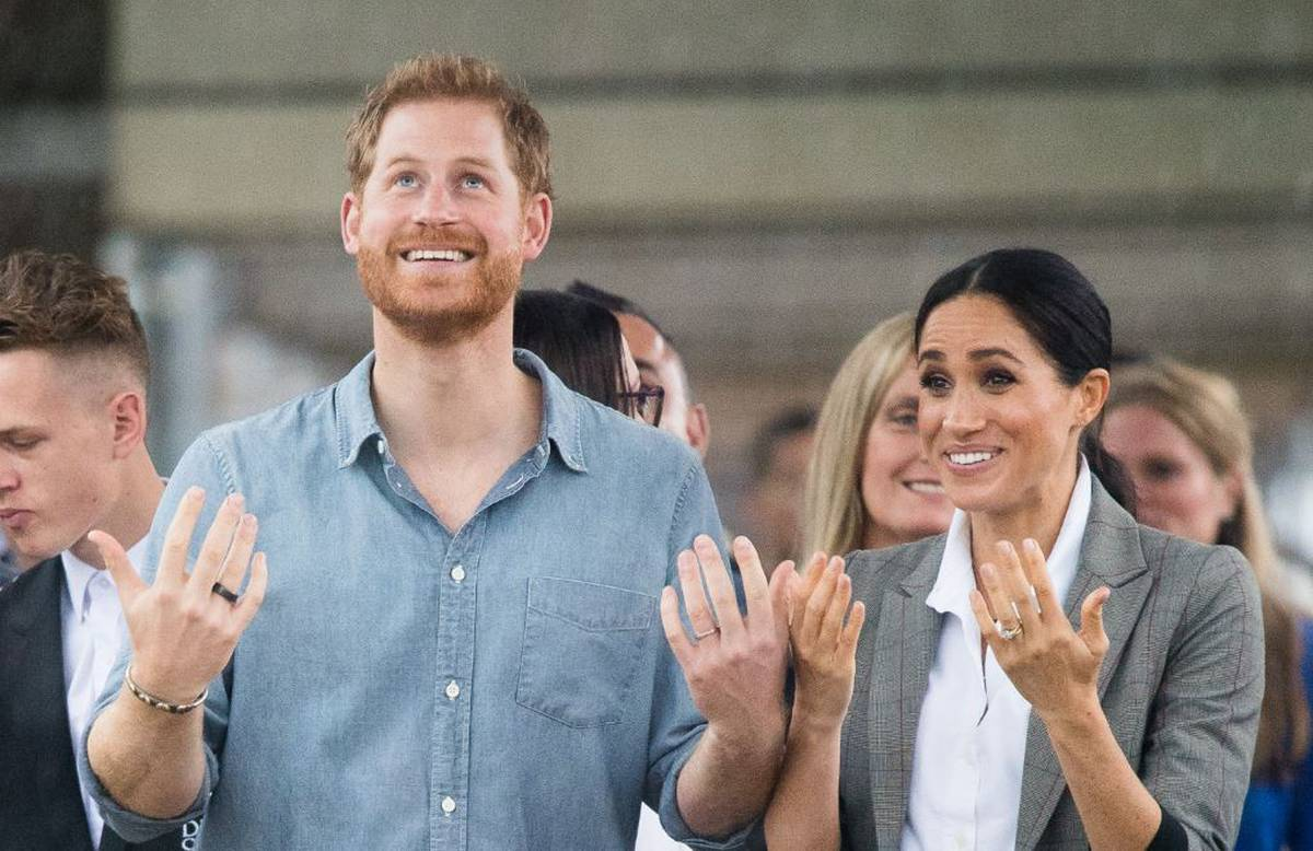 Harry and Meghan's royal take down: Online swipe at Queen blasted