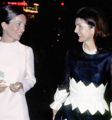 Sisters Jackie Kennedy and Lee Radziwil sought money and power - NZ