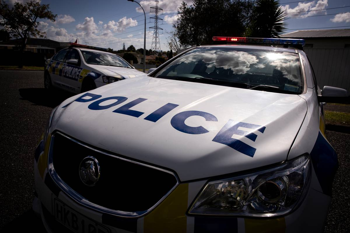Woman dead in Manurewa after assault, man speaking to police