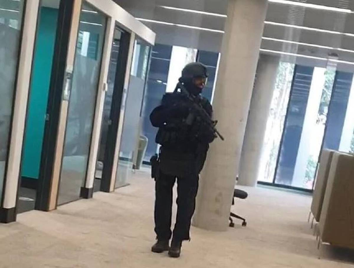 University in NSW put in lockdown after terror threat