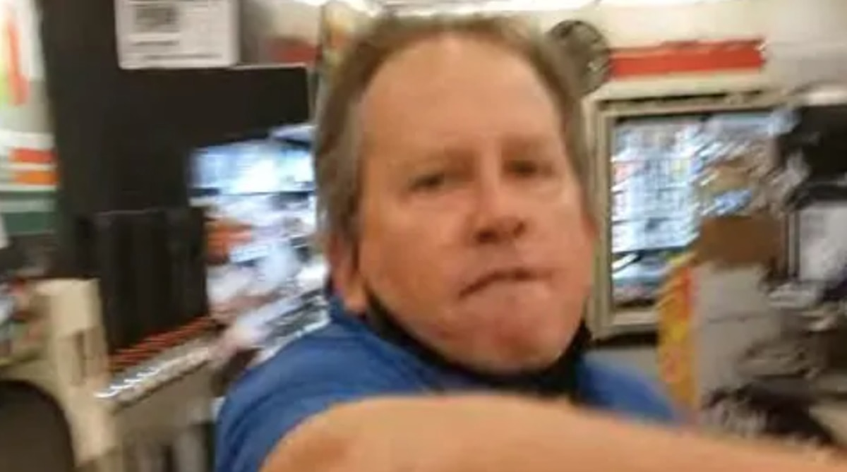 Man's racist rant at 7-Eleven, blaming Asians for coronavirus