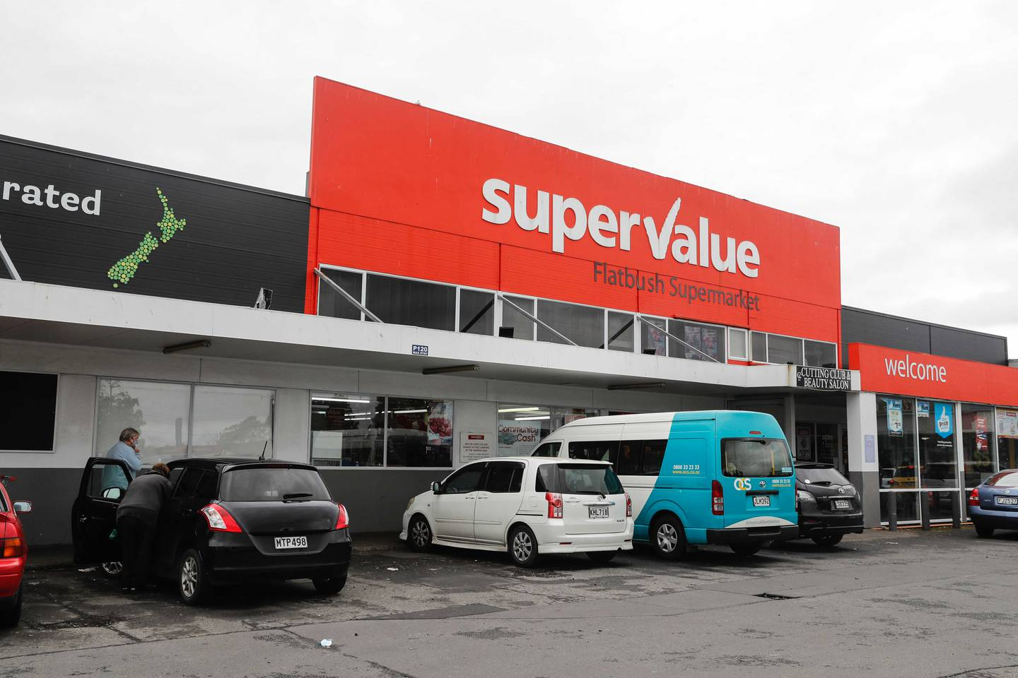Several supermarkets and businesses in a shopping complex on Dawson Rd, Clover Park, have been identified as locations of interest. Photo / Dean Purcell