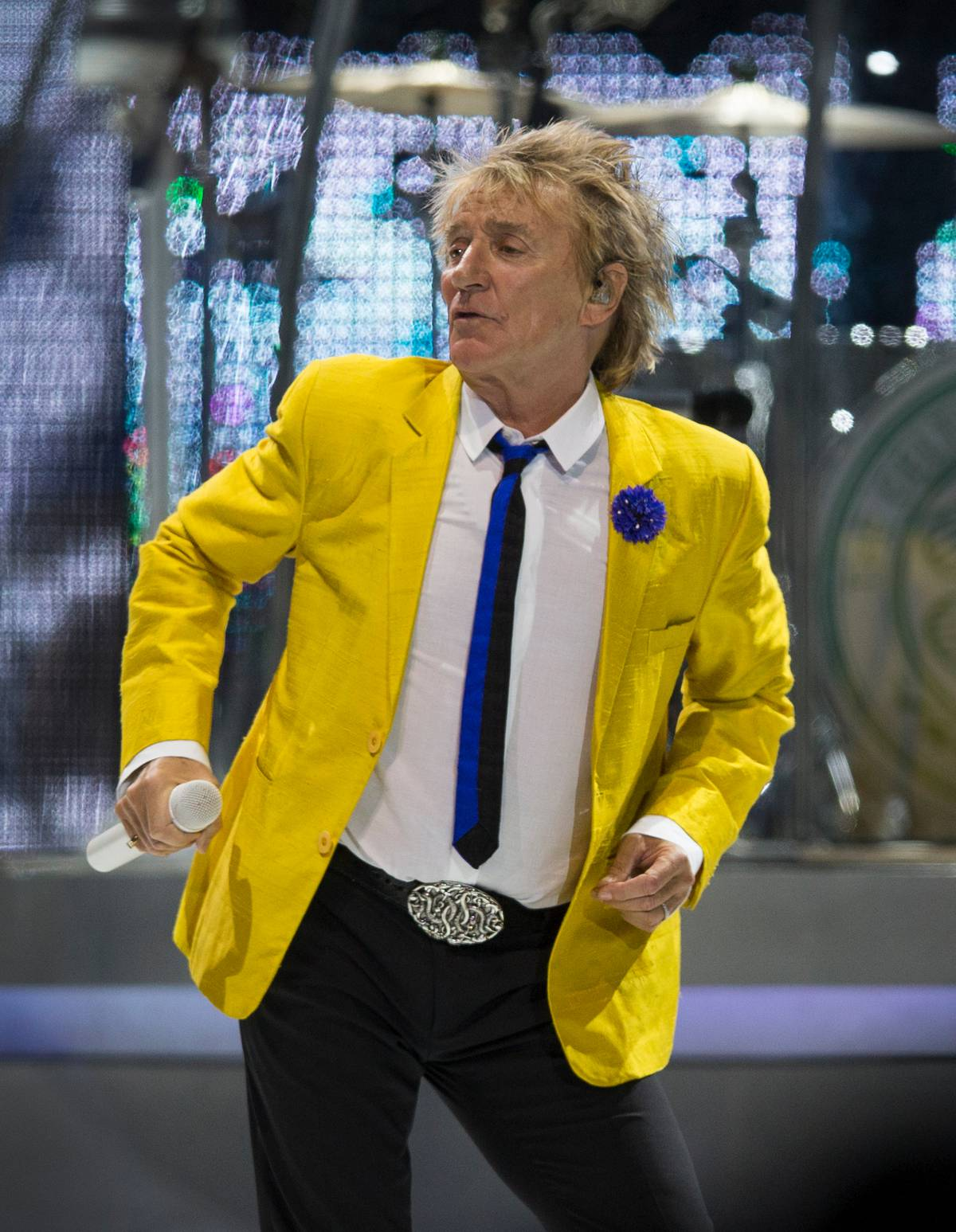 'Hugely disappointed': Rod Stewart reschedules Mission Concert