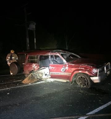 Five injured in Maramarua crash, car flips on Southern Motorway - NZ