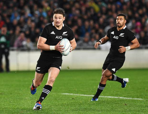 Beauden Barrett and Richie Mo'unga will start as dual playmakers for the All Blacks. Photo / Photosport