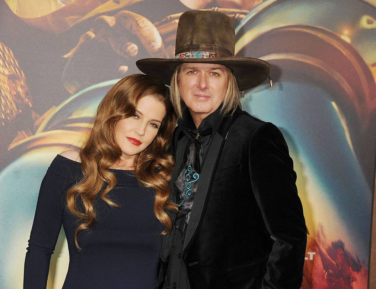 Grieving Lisa Marie Presley S Cruel Financial Setback After Son S