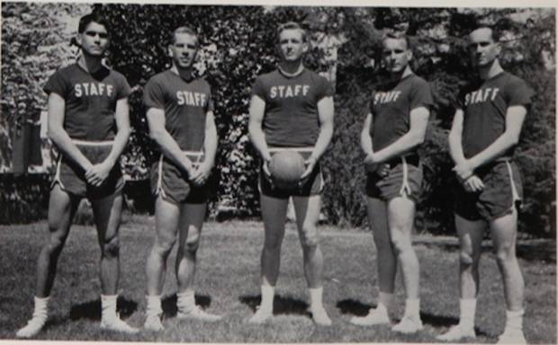 Donald Trump with the intramural basketball team, at center. Photo / New York Military Academy