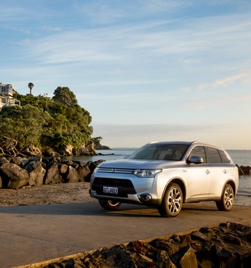 Review: Mitsubishi Outlander Plug-In Hybrid - NZ Herald