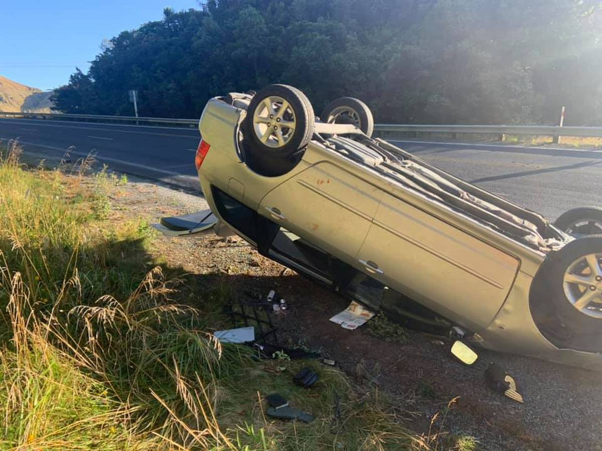 Mysterious upturned car found blood stained and abandoned on Napier-Taupo Rd