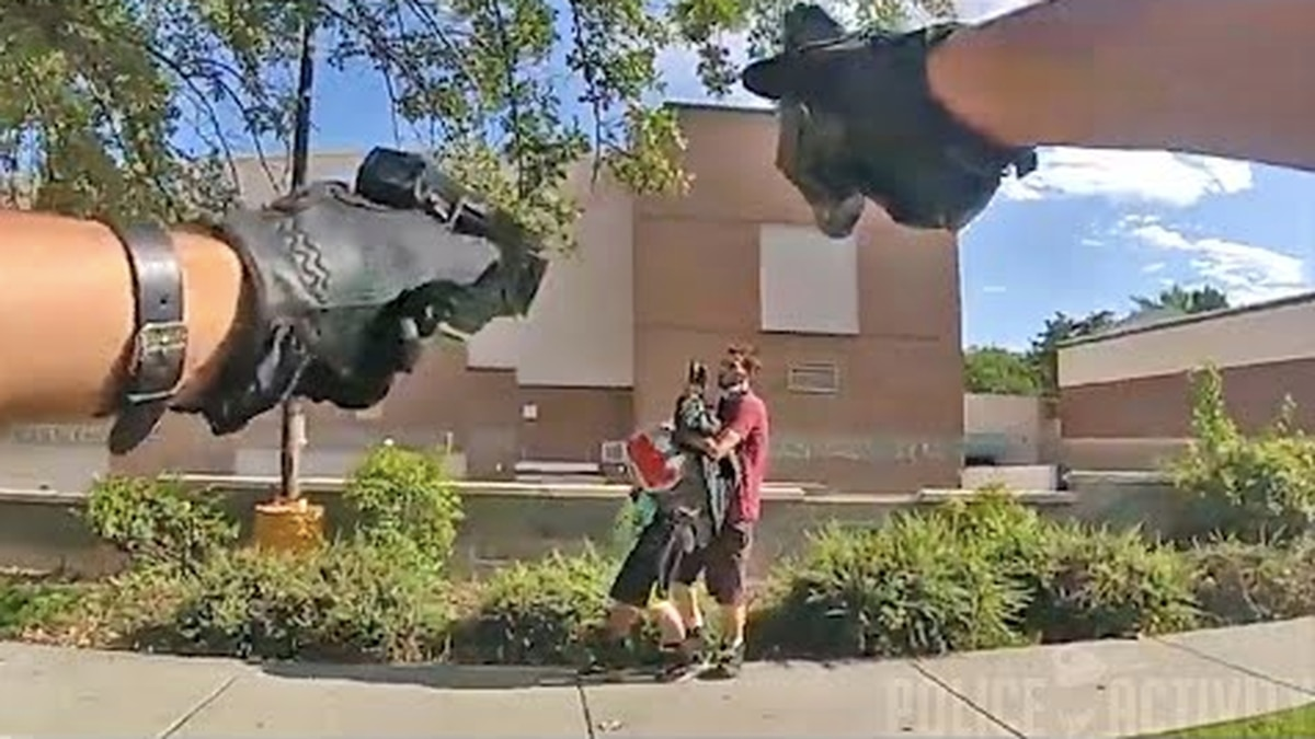 Bodycam footage shows Salt Lake City police fatally shooting kidnapper holding knife to hostage's throat - NZ Herald