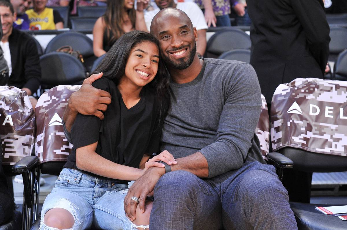 Kobe Bryant's death in helicopter crash: Chopper nearly cleared hillside, investigators say